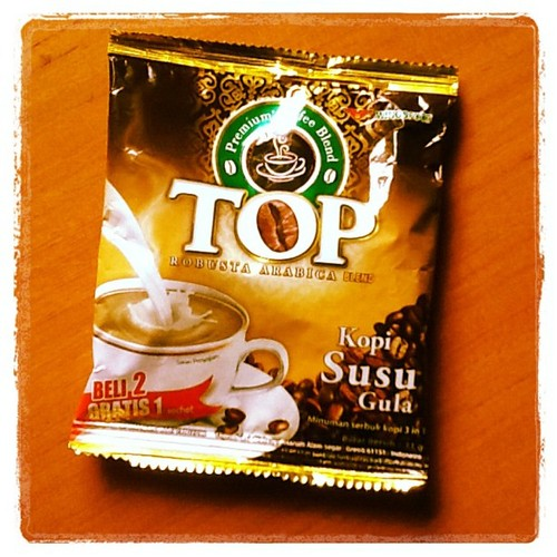 kopi hitam Top Coffee